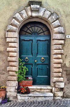 Entrance Gates, House Entrance, Grand Entrance, Cool Doors, Unique Doors, Castle Doors, Door Entryway, Door Gate, Painted Doors