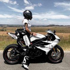 Lady Biker, Biker Girl, Super Bikes, Bike Life, Vehicles, Motorcycles, Girls, Motorcycle Girls, Motorbike Girl