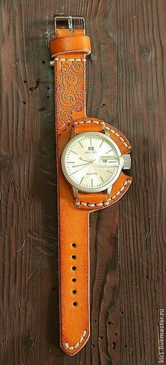 Custom leather watch band--but would want to do with vegan leather. Leather Art, Custom Leather, Leather Design, Leather Cuffs, Leather Tooling, Leather Jewelry, Brown Leather, Leather Workshop, Leather Projects
