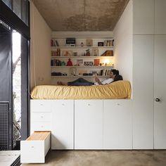 O Quintana 4598 é uma construção modular, localizada em Buenos Aires, Argentina. O prédio possui 12 apartamentos modulares, ou seja, podem ser implementadas facilmente em quase qualquer lugar. Sã