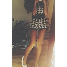 Deleted Ariana pic