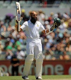 Hashim Amla (SA) 196, reaches his century, vs Australia, 3rd Test, day 3, Perth, December 2, 2012