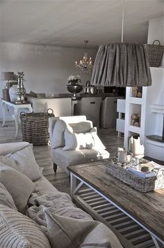 4 Agreeable Tips AND Tricks: Shabby Chic Living Room Gold shabby chic interior cafe. Shabby Chic Decor Living Room, Shabby Chic Homes, Decor Room, Home Decor, Room Decorations, Wall Decor, Small Living Rooms, My Living Room, Home And Living
