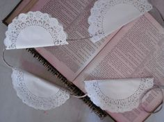 DIY Doily Banner #diy Idea for all of those crocheted doilies I have