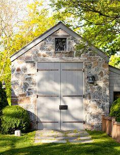 Exterior Colors, Exterior Design, Carriage House Garage, Layout Design, Modern Farmhouse Exterior, Gambrel, Backyard, Patio, Stone Houses