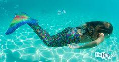 Little Mermaid Erg Mooie 06709 Fin Fun Mermaid Tails, Mermaid Tale, Mermaid Diy, Sculpture Art, Sculptures, Real Life Mermaids, Mermaid Pictures, Costume Tutorial, Secret Life