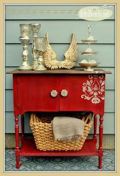 Red Colour Palette   | Project Info | Project Decor | MaritimeVintage.com  #ColorPalette #ColourPaletee #colour
