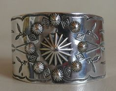 HISTORIC, ANTIQUE AND MODERN SOUTHWESTERN INDIAN JEWELRY