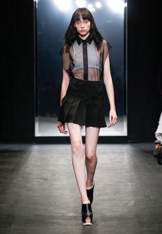 Vera Wangのデザイナーファッション、アクセサリー、レディースアパレル