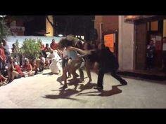 Spettacolo di mimo fatto durante la missione di evangelizzazione di strada e di spiaggia, Riccione 8-16 agosto 2012