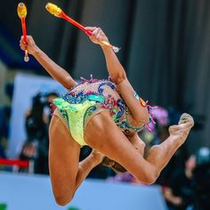 Gymnastics Poses, Gymnastics Pictures, Sport Gymnastics, Artistic Gymnastics, Olympic Gymnastics, Rhythmic Gymnastics, Sporty Girls, Gym Girls, Ballet Leotards For Girls