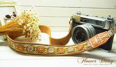 beige pure daisy camera strap