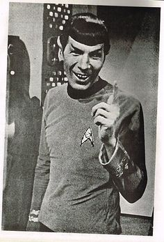 Behind the scenes  Leonard Nimoy / Mr. Spock with a smile
