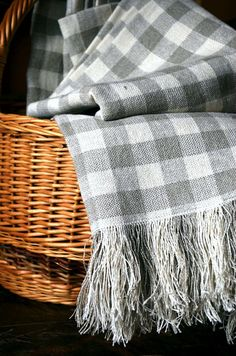 WANT this......Pure linen plaid blanket CUBESVintagelook for home decor by Irmalu, €69.99