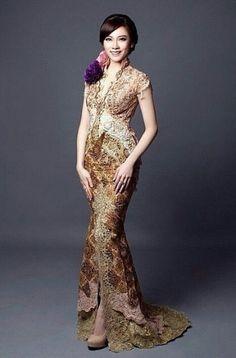 Party fashion photography wedding gowns 15 new Ideas Kebaya Lace, Batik Kebaya, Kebaya Dress, Batik Dress, Model Kebaya Modern, Kebaya Modern Dress, Simple Dress Pattern, Batik Fashion, Party Gowns