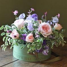 flores en una lata