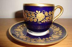 Hutschenreuter Kunstabteilung Mokkatasse Kobaltblau Gold