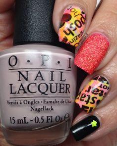 Colores de Carol: Skittlette Stamped Nails Pueen 50