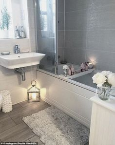 Bathroom Decor pictures Cleaning fans are stockpiling this 1 household product after Mrs Hinch said she swears by it Bad Inspiration, Bathroom Inspiration, Bathroom Inspo, Bathroom Interior Design, Interior Decorating, Hallway Decorating, Decorating Ideas, Home Pictures, Amazing Bathrooms