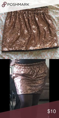 Pink/Blush colored sequined skirt This fun Rachel Roy sequined skirt is perfect for parties and special events! *Gently Used* Rachel Roy Skirts Mini