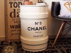Tambor Chanel Branco Pequeno