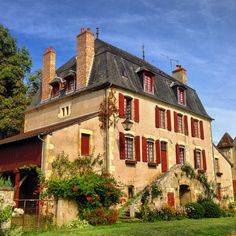 Apremont-sur-Allier, Centre