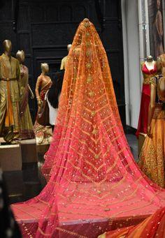 Sneak Peak: Tarun Tahiliani's Bridal Couture Expo 2014 | Wed Me Good Blog