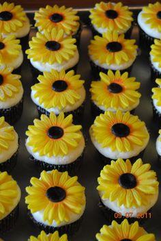Sunflower cupcakes - Sunflowers are made of fondant,