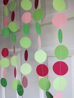 This garland would be berry cute for a Strawberry Shortcake birthday party!