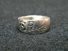 Vintage Womens Sterling Silver 925 Ring .925 PEACE SIGNS 1960's Hippy Ring RARE
