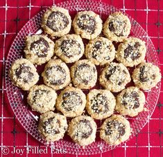 Keto Almond Crunch Chocolate Thumbprint Cookies - Low Carb, Sugar & Grain Free, THM S. These melt in your mouth like shortbread, have the crunch of almonds, and the richness of chocolate ganache. They are the perfect holiday bite. My Recipes, Baking Recipes, Holiday Recipes, Dessert Recipes, Keto Holiday, Light Recipes, Family Recipes, Favorite Recipes, Low Carb Sweets