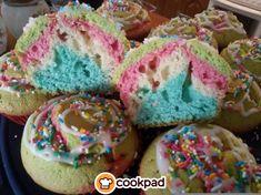 #Πολύχρωμα και #αφράτα #cupcakes #λεμονιού . #συνταγές #παιδιά #λεμόνι #τρούφα #recipes #lemon #cupcake #kids