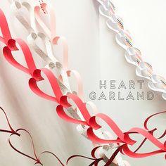 キッズと一緒に楽しめる簡単バレンタインデコレーションバレンタインデーといえば大人にとってもキッズに… Decor Crafts, Diy And Crafts, Paper Crafts, Valentine Day Love, Valentines Diy, Heart Garland, Babyshower, Christmas Deco, Creative Decor