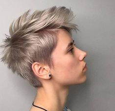 50 Best Pixie Hairstyle Ideas For Short Hair 2019 - - Short Hairstyles - Hairstyles 2019 Edgy Pixie Cuts, Pixie Cut Styles, Blonde Pixie Cuts, Short Hair Styles, Funky Pixie Cut, Pixie Cut Curly Hair, Edgy Pixie Hairstyles, Short Hairstyles For Thick Hair, Short Hair Cuts
