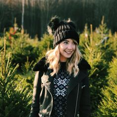 17 Celebs Who Have Spoken Out About Their Mental Health Zoella suffers badly with anxiety, and has s Winter Fashion Outfits, Fall Outfits, Autumn Fashion, Cute Outfits, Zoella Hair, Zoella Beauty, Zoella Christmas, Christmas Tree, Zoella Outfits