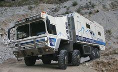 4 Achser Weltreise-Wohnmobil Desert Challenger