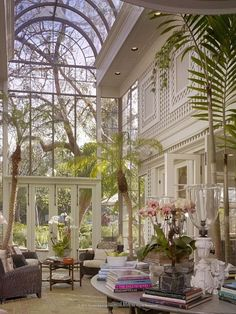 A Trailblazing Black Architect Who Helped Shape L.Thanks sassiXX for this Beverly Hills sunroom / solarium with vaulted glass ceiling and towering wall of windows. Preminger Residence designed by Paul Revere Williams, the first Af# Architect Dream Home Design, My Dream Home, House Design, Loft Design, Design Design, Future House, Solarium Room, Beverly Hills Hotel, Greenhouse Plans