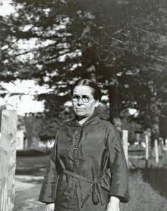 Agnes Laurent-Nolet - Abenaki - 1922