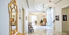 Voyage Privé : séjour luxe, vacances haut gamme et vente privée sur internet Oversized Mirror, Internet, Furniture, Home Decor, Lineup, Lush, Vacation, Top, Interior Design
