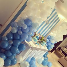 Baby Blue Balloon Cloud Garland - Luxury Balloons - Bubblegum Balloons