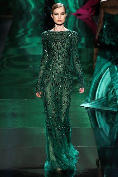 Designers Are Wild About Emerald Green (And After You See These Looks, You Will Be Too!)