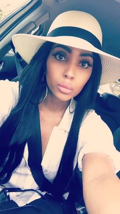 Girl Hairstyles, Panama Hat, Beautiful Women, Eyes, Hair Styles, Sexy, Cute, Fashion, Hair Plait Styles