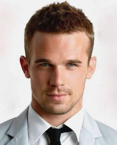 awesome Haircuts For Men With Curly Thick Hair Pshn Mens Hairstyles Mens Haircuts Quiff, Top Hairstyles For Men, Oval Face Hairstyles, Round Face Haircuts, Hairstyles Haircuts, Haircuts For Men, Stylish Hairstyles, Men Undercut, Blonde Hairstyles