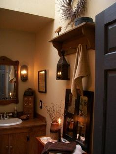 Most Design Ideas Primitive Country Bathroom Decor Pictures, And Inspiration – Modern House Country Decor, Decor, Primitive Country Bathrooms, Primitive Decorating Country, Country Bathroom, Home, Primitive Bathroom Decor, Primitive Bathrooms, Home Decor