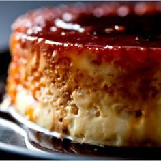 Pudim flan caseiro  Home made flan pudding   This is a super quick recipe, shall only be made Eve. It is always good!  Ingredients: 10 eggs 300gr sugar 1 liter of milk Sugar caramel