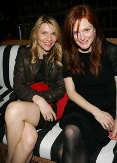 Julianne Moore Claire Danes Photos - Actresses Claire Danes and Julianne Moore attend Conde Nast Travelers Annual Hot List Issue Party at The Bowery Hotel, April 2007 in New York City. Carrie Mathison, Claire Danes, Julianne Moore, Redheads, Celebs, Actresses, Model, Travel, Image