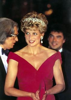 Diana in her Edelstein AND tiara                                                                                                                                                                                 More