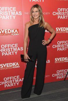 Jennifer Aniston Photos Photos - Screening of 'Office Christmas Party' - Zimbio