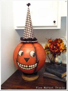 old globe turned into folk art halloween pumpkin Halloween Projects, Diy Halloween Decorations, Holidays Halloween, Halloween Pumpkins, Halloween Crafts, Happy Halloween, Halloween Ideas, Halloween Tricks, Halloween Goodies