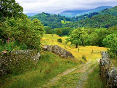 ***Little Langdale countryside (Cumbria, England) by Bob Radlinski cr. Landscape Photos, Landscape Photography, Nature Sauvage, British Countryside, Country Scenes, Cumbria, Derbyshire, Lake District, Great Britain